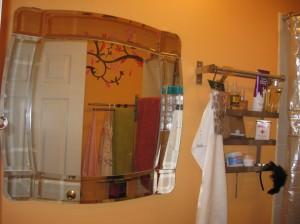 Me.  Hung.  Mirror!